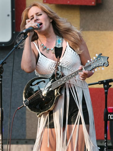 Country-pop artist Lucie Silvas belts out Elvis Presley's