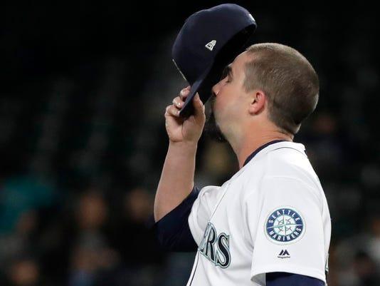 Astros_Mariners_Baseball_12208.jpg