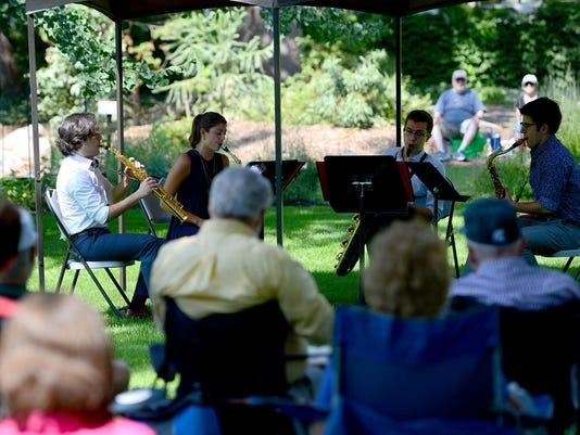 Jazz in Garden027