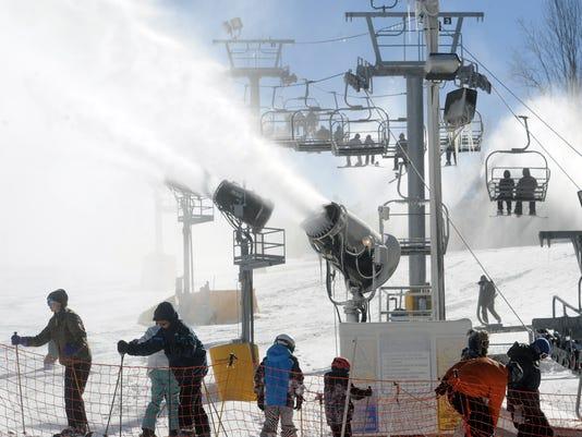 catloochee skiing05.JPG
