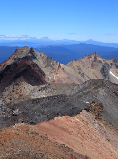 The long spine of Diamond Peak, looking northeast toward the Three Sisters.