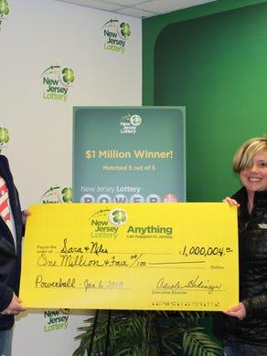 Sara and Niles Malvasia from Washington Township won $ 1 million in a Powerball drawing in January.