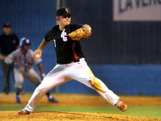 Stewarts Creek's Maddox Vondohlen (3) fires a pitch