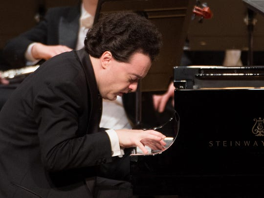 Evgeny Kissin displayed effortless technique, but shunned any signs of showiness.