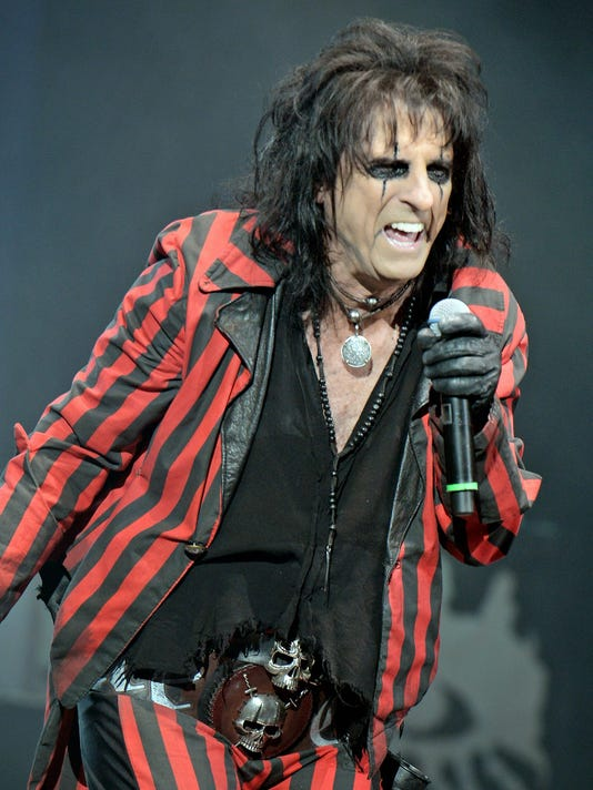 Alice Cooper Christmas Pudding 2014