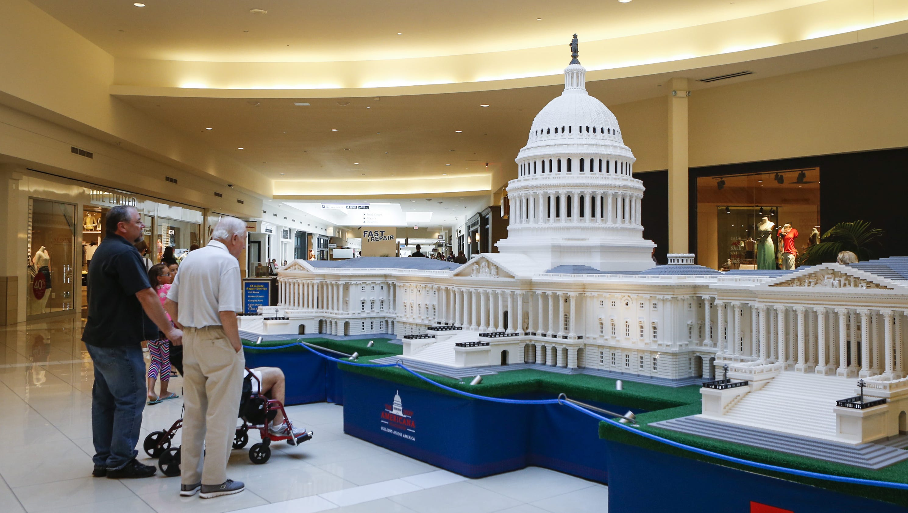 made lincoln tour glendale jefferson lego now legos momsla out galleria at of memorial monuments