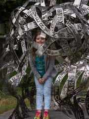 """Zoe Morris visits Jaume Plensa's """"Human Landscapes"""" exhibition at Cheekwood. Membership to the Nashville attraction provides free admission to Spanish Nights on Fridays throughout the exhibition."""