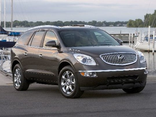 Gm Recalls Crossovers Over Worry Liftgates May Fall