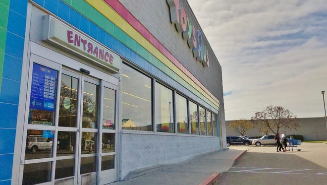 Toys R Us in Visalia has started lowering prices to prepare for the store's closure.