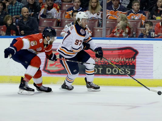 Oilers_Panthers_Hockey_17151.jpg