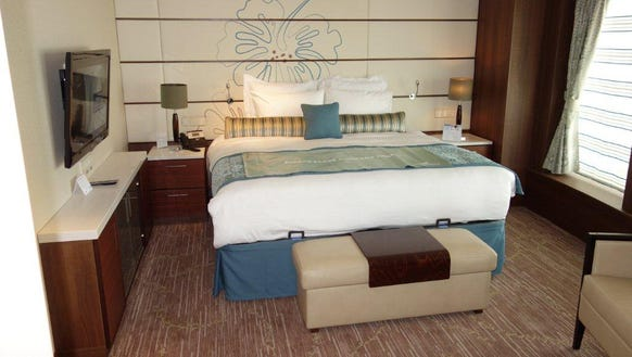 New suites solo cabins debut on hawaii cruise ship for Which cruise line has single cabins