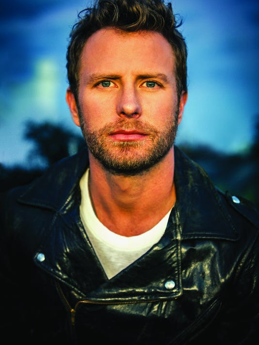 636149794817985099-Dierks-Bentley.jpg