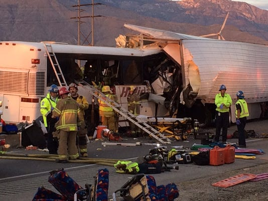 636128272790923707-Palm-Springs-bus-crash-5.JPG