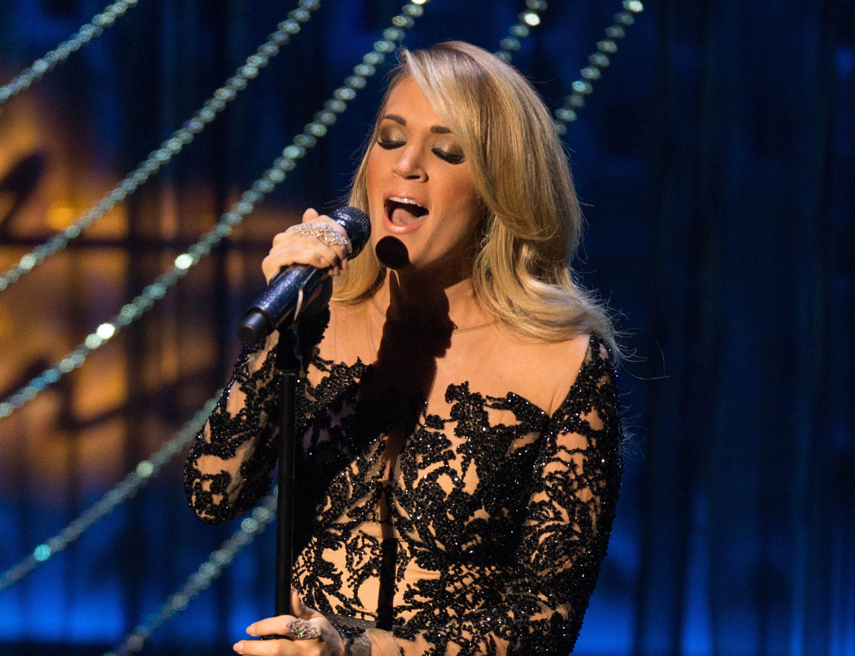 2019 Carrie Underwood nudes (52 foto and video), Sexy, Is a cute, Boobs, panties 2015