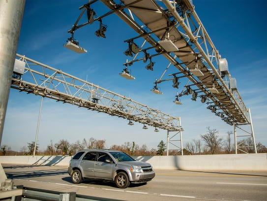 Tolling on the new I-69 bridge between Henderson and