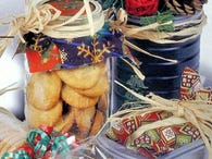 DIY: Four Ways To Wrap Your Cookies In Style
