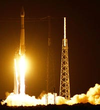 Photos: Atlas V launches from Cape with GPS satellite