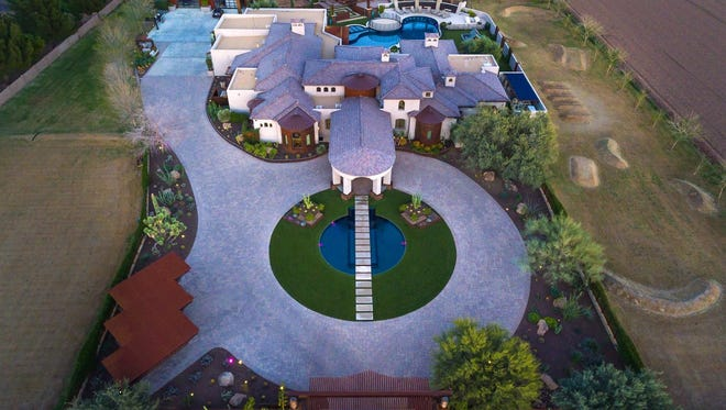 Los Angeles Dodgers outfielder Andre Ethier has sold his Gilbert home for $4.9 million.