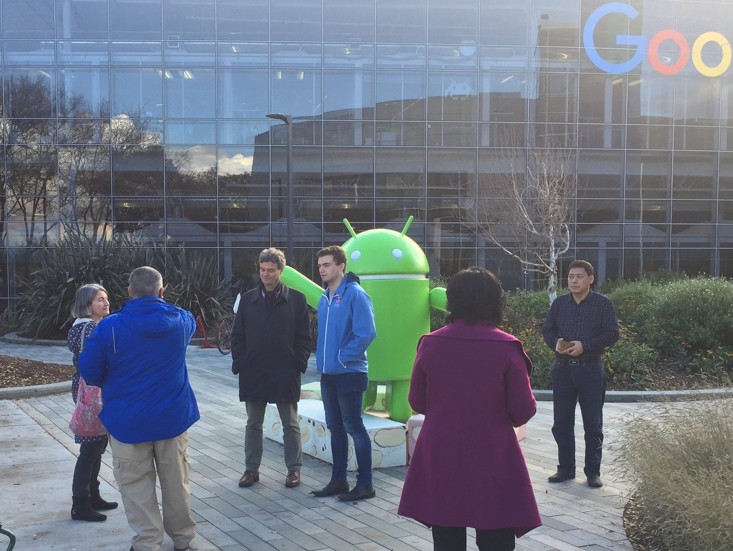 Google's android is a preferred place for photographs.