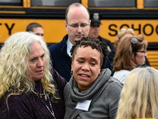 APTOPIX School Bus Crash
