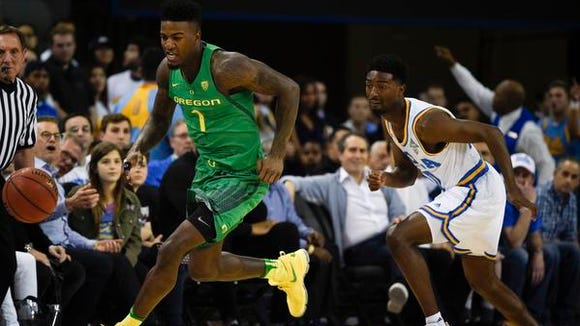 Feb 9, 2017; Los Angeles, CA, USA; Oregon Ducks forward Jordan Bell (1) breaks away form UCLA Bruins guard Isaac Hamilton (10) after stealing the ball during the first half at Pauley Pavilion. Mandatory Credit: Kelvin Kuo-USA TODAY Sports