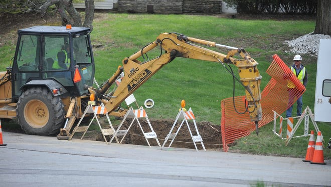 Contract crews working for Vectren soon will begin to replace gas mains and service lines in Richmond. The company recently did work on the northwest side.