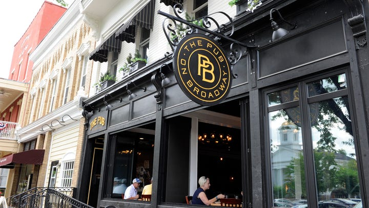 Pub on Broadway offers relaxing atmosphere