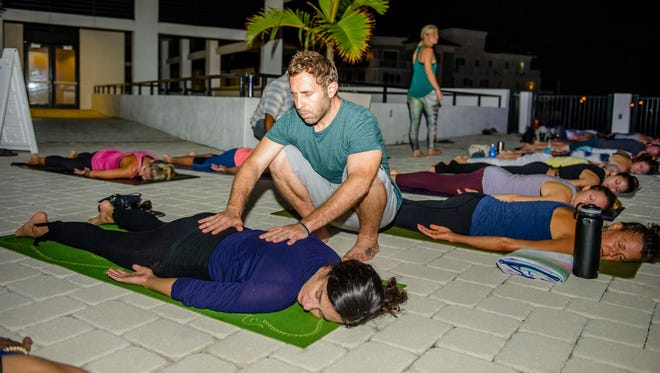 Practicing yoga since 1999 and teaching since 2002, Scott Feinberg is a nationally certified teacher through Yoga Alliance at the E-RYT 500 hour level and has trained and mentored over 400 yoga teachers since 2009.