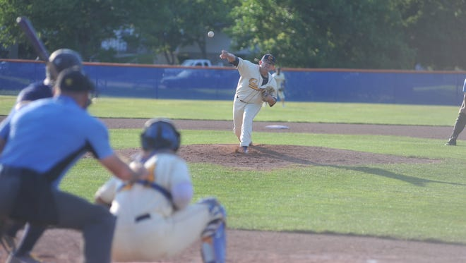 Henry Martinez pitched a complete game Friday evening in the first game of a doubleheader.