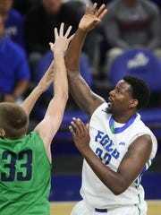 KINFAY MOROTI/ THE NEWS-PRESS... FGCU's Antravious