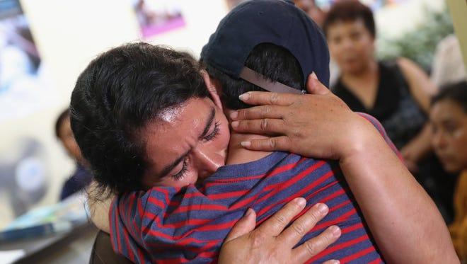 Un total de 386 menores no han podido reunirse con sus padres porque están deportados.
