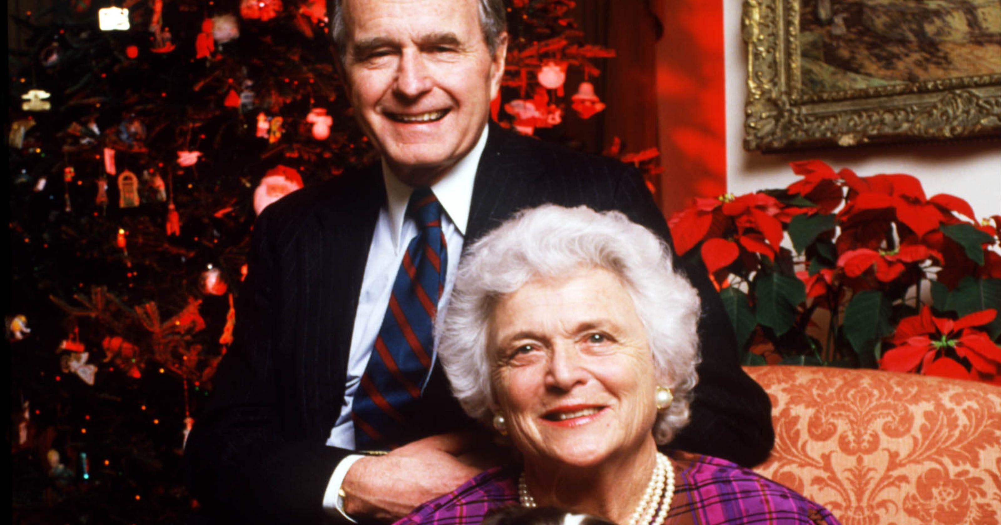 Barbara Bush: President George H.W. Bush held wife's hand ...