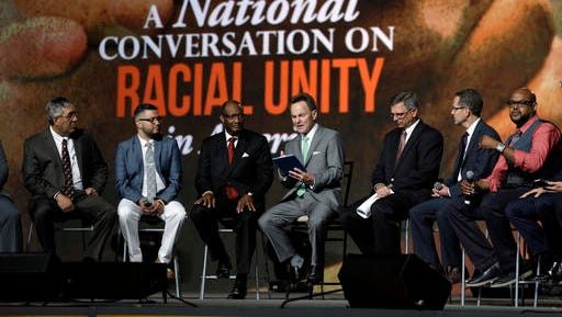 Pastor Ronnie Floyd, center, president of the Southern Baptist Convention, conducts a discussion on race with fellow religious leaders during a meeting of the Southern Baptist Convention on Tuesday, June 14, 2016, in St. Louis.