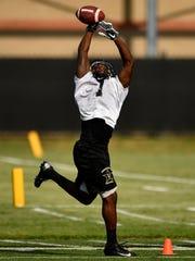 Vanderbilt running back Ralph Webb makes a catch during