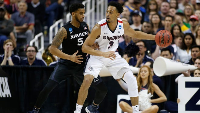 Gonzaga forward Johnathan Williams posts up against Xavier during the  West Region final of the 2017 NCAA tournament.