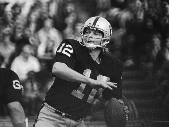 In this 1974 file photo, Oakland Raiders quarterback