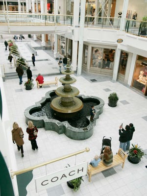 Due to the continuing water outage in Green Hills, The Mall at Green Hills has temporarily closed.