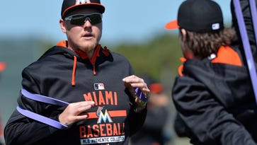 Doc's TML: If Latos is right, Reds' clubhouse is ailing