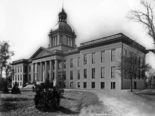 Alvin S. Harper photograph of the 1902 Historic Capitol