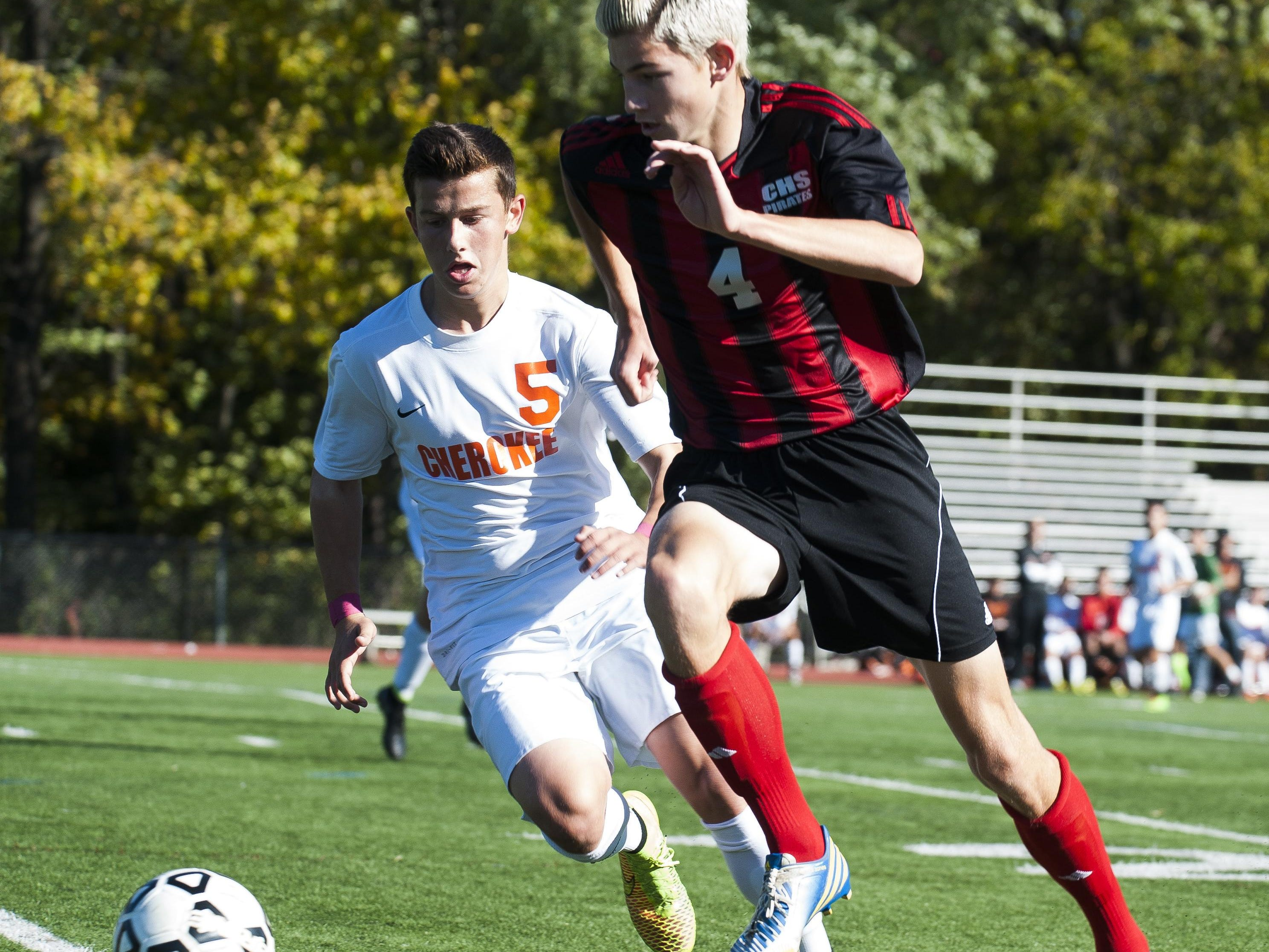 With Jake Treiber (left) of Cherokee and Cinnaminson's Pat McCarthy returning, both teams enter the season among South Jersey's premier teams.