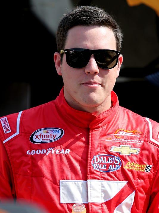 NASCAR XFINITY Series Menards 250 - Qualifying