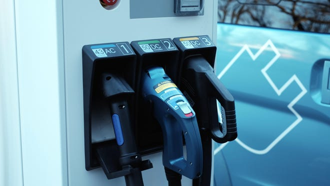 Increased use of electric cars could potentially reduce greenhouse gas emissions.