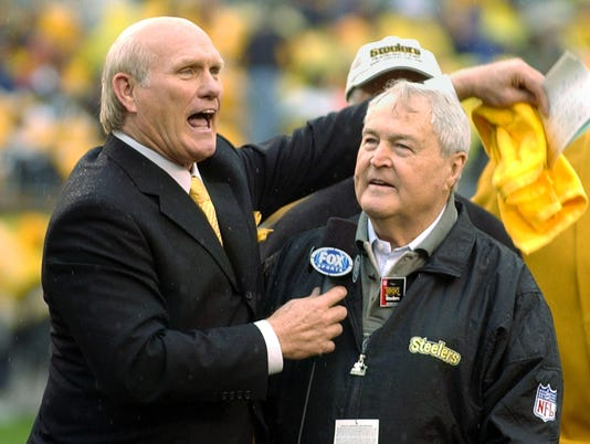 Bradshaw and Chuck Noll Celebrate 1000th Game