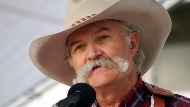 Cowboy poet Floyd Beard will perform at 6 p.m. on Thursday at the Luna Rossa Winery. Admission is free.