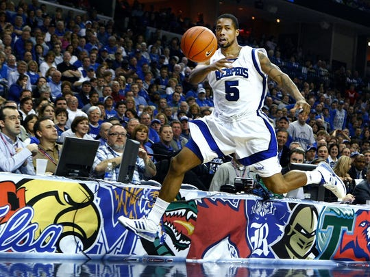 March 15, 2008 - Memphis' Antonio Anderson saves a