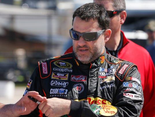 NASCAR_Kansas_Auto_Racing_KSOW110_WEB856302