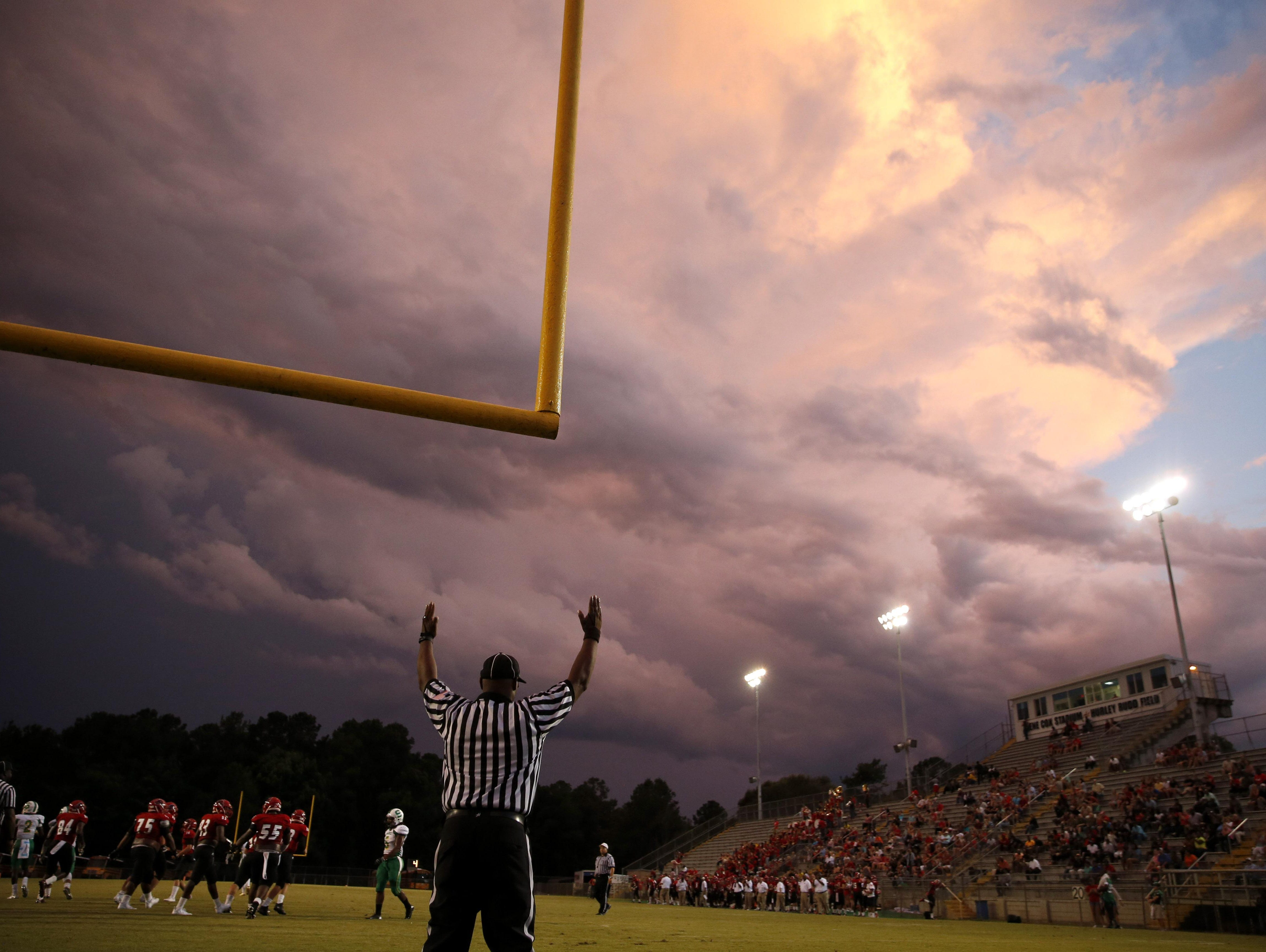 The kick is good by Jack Driggers for an extra point by Leon against Suwannee at Gene Cox Stadium.