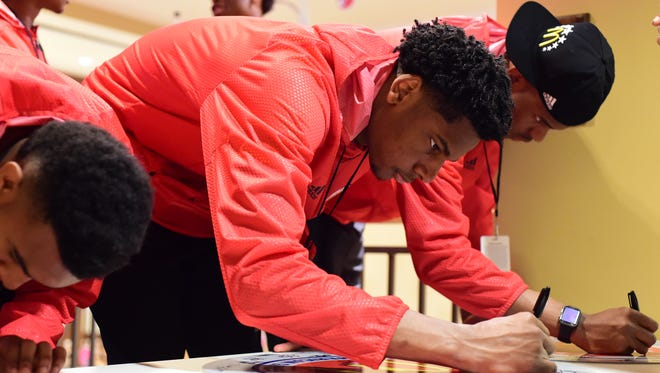 Marques Bolden, center, is considered one of the top prospects in the 2016 signing class.