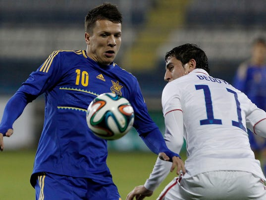 2014-3-5-alejandro-bedoya-ukraine-usa-soccer