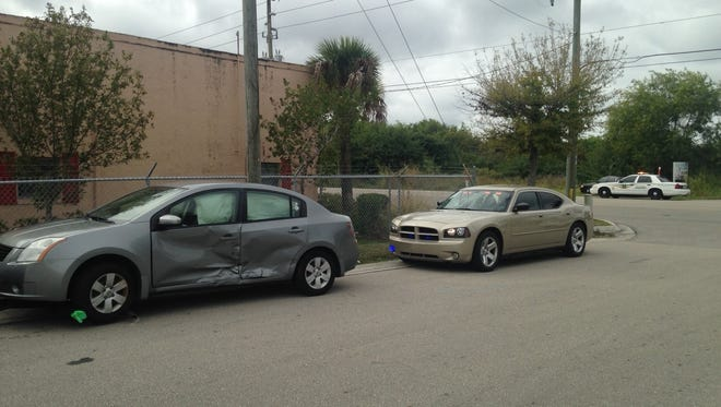 The other car in a crash that injured a Lee County Sheriff' Office detective